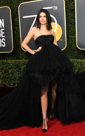 Kendall Jenner in Giambattista Valli.